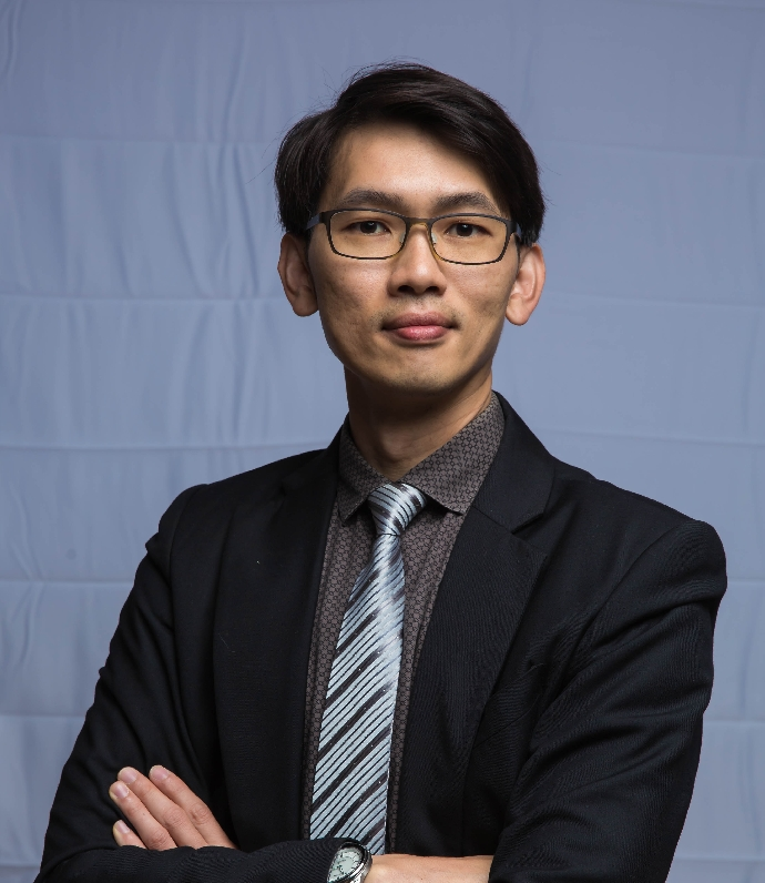 張譽騰  助理教授